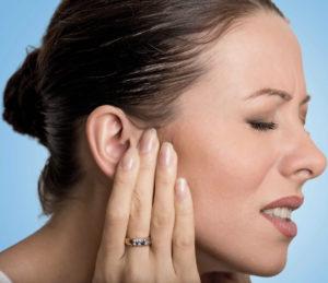 ощущение переливания жидкости в ухе фото