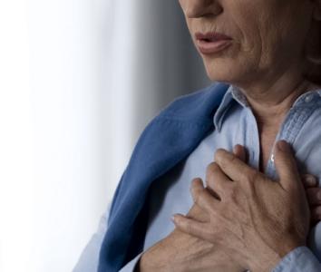 Сдавленность в грудной клетке при коронавирусе – норма или исключение?