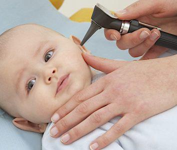 Ушные инфекции у грудных детей